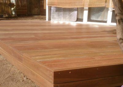 Curved Spotted Gum Deck – Gilberton
