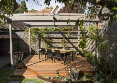 Curved Spotted Gum Deck & Pergola, Magill