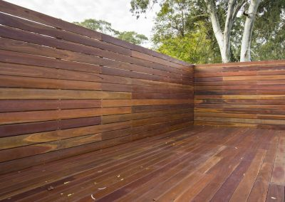 Spotted Gum Deck & Screen, Rostrevor using 135mm Boards