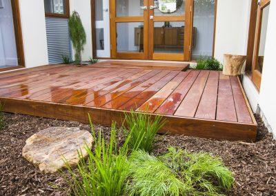 spruce-decking-garden_orig
