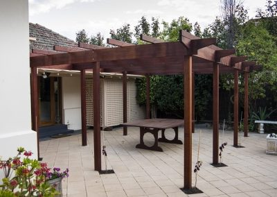 timber-pergola-vines_orig