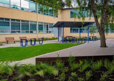 Modwood Deck, Avenues College
